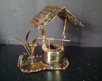 vintage 1974 Enesco Imports 3D copper tone metal sculpture wishing water well and leafy plant