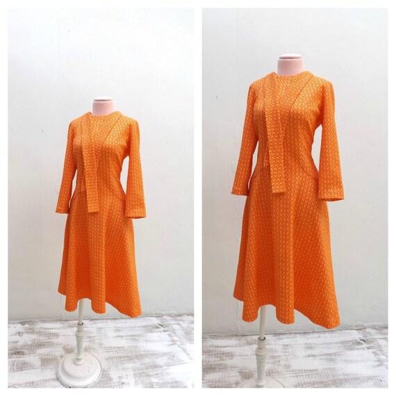 vintage bright orange dress fall fashion texture knit
