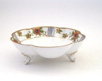 Nippon 3 Legged Dish- Handpainted