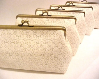 Ivory Lace Bridesmaid Clutch Set of 5, Set of 6 or 7 Personalized Clutch Set, Wedding Lace Clutch, Bridal Party Gift, 7-inch Frame