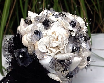 Seashell Bouquet, Black White Bouquet, Beach Wedding, Alternative Bouquet