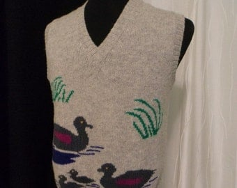 Vintage Vest, Duck Lover's Vest - Women's (Size Medium), Duck Sweater Vest, Light Heather Grey, Waterfowl Sweater Vest, Wool Vest