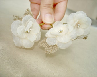 Pearl or Crystal Flower Hair Clips Small Burlap Flowers Wedding Hair Piece,  Ivory Flower Hair Pins, Bridesmaid Hair Accessorry
