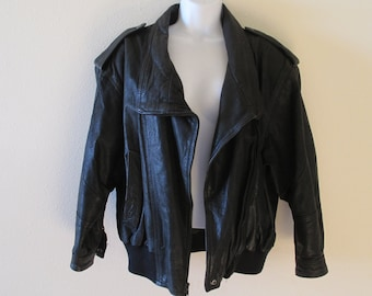 Coat, Leather Jacket - Bomber, Women's/Mens,   Stylish,  Motorcycle Coat - Whipp Country Label - Size Med