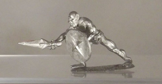 Fantasy Miniature - Lunging Cyclops- 40mm Unpainted - CY02