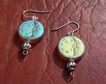 Romantic moon earrings