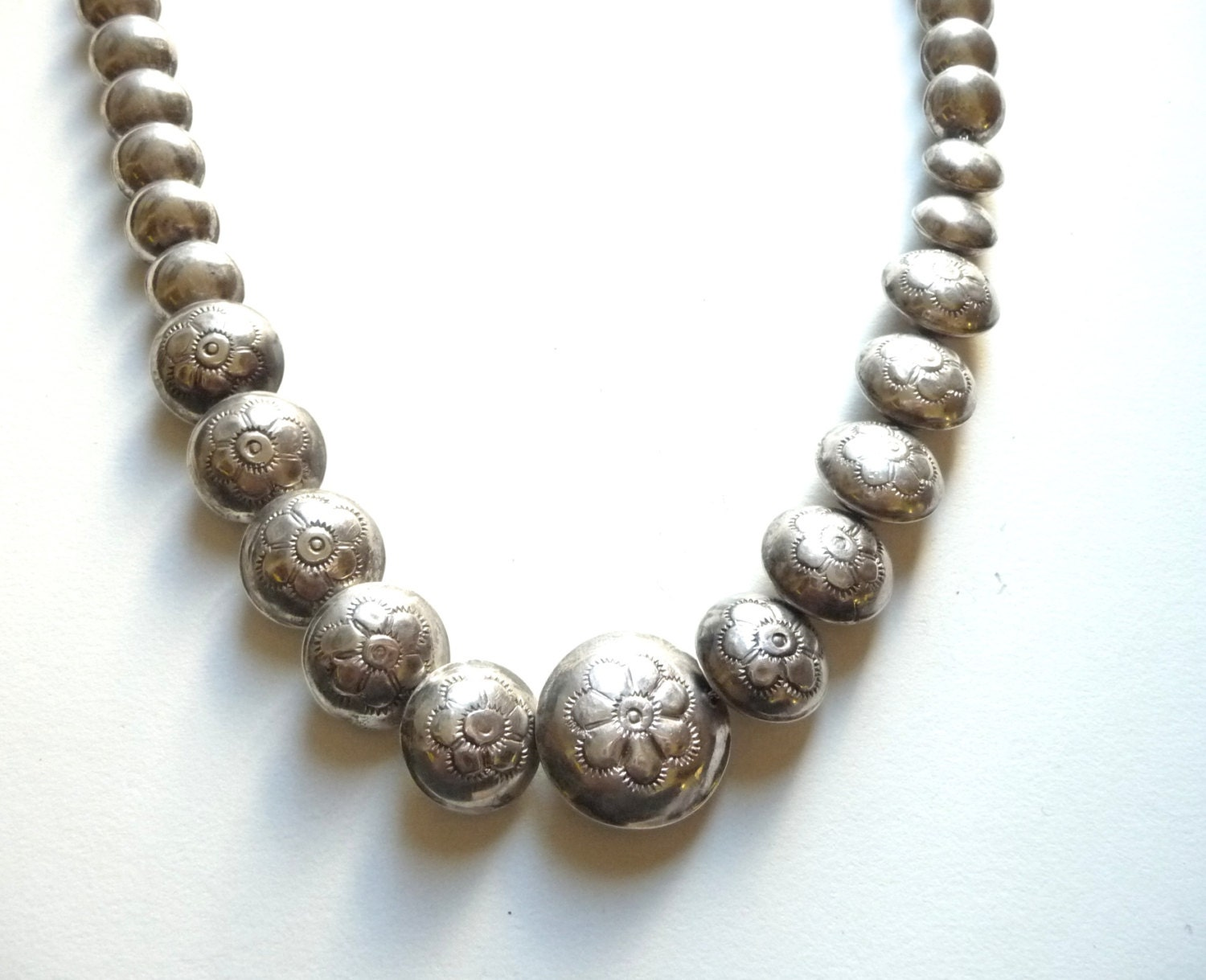 navajo sterling pillow bead necklace