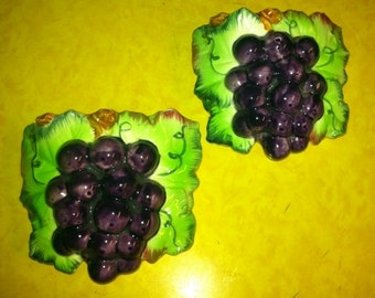 Vintage Grape Wall Pockets