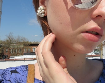 Vintage Cream Beaded Bauble Clip On Earrings