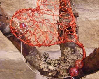 Red Heart Brooch made from Decorative Wires and Beads