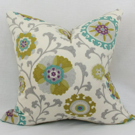 Items similar to Green & teal decorative throw pillow cover. 18
