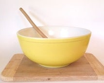 Vintage Large Mixing Bowl Pyrex 1940's Non Numbered 4 Quart Milk Glass Opal Large Yellow Mixing Bowl Vintage Kitchen Kitchenalia
