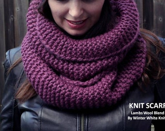 Chunky knit scarf, chunky knit scarf in plum or burgundy, knitted circle scarf, knit eternity scarf, hand knit scarves