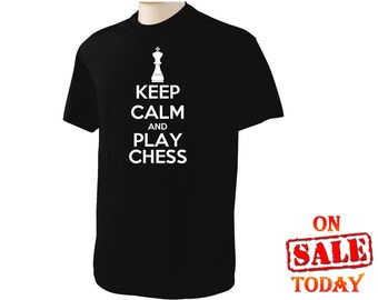 KEEP CALM and play CHESS T-Shirt smart kid chess club king queen pieces --- Be the next Bobby Fischer!