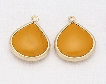 Mustard TearDrop Glass Pendant  Matte Gold -Plated - 2 Pieces [G0017-MGMD]