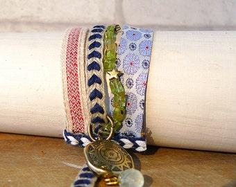 bracelet handmade fabrics and beads. Unique model. Infinitely adjustable wrist from 14cm.
