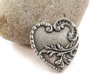 Heart Metal Buttons 22mm Antique Silver Qty 3
