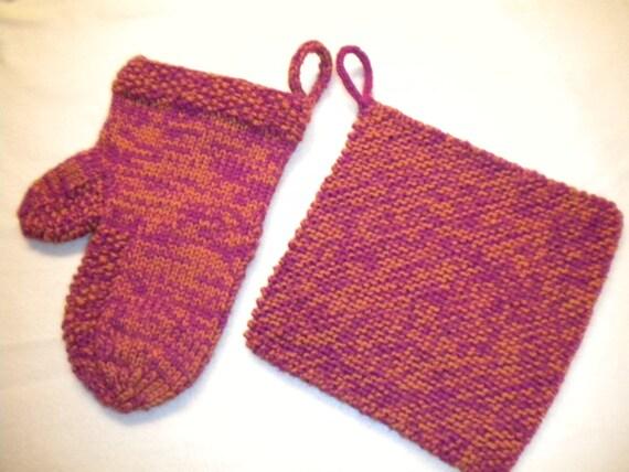 Knitting Pattern Oven Gloves : Knitted potholder and oven mitt 100% soft by GrandmaGooseCreation