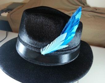 Feather hat pin blue arrow shape with glitter stripe