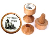 Personalized wine gift for Mom gift, Mommy gift for Mother gifts, Mothers day gift, wine stopper and wine cork holder.