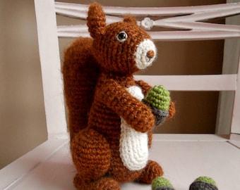 Crochet pattern Benjamin the squirrel (US terms), amigurumi, crochetpattern