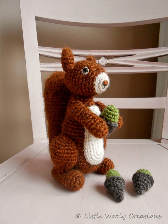 Crochet pattern Benjamin the squirrel (US terms), amigurumi, crochetpattern