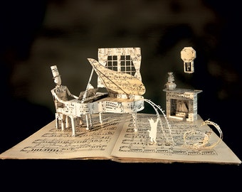 "Paper Sculpture Fineart Postcard ""Piano"" n-1"