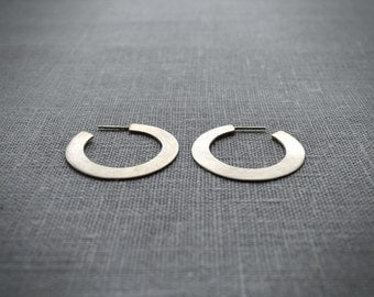 Hoop silver earrings flat edge