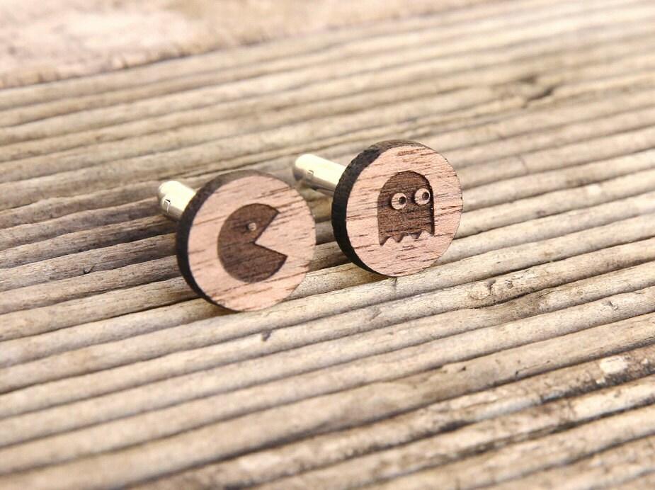 Vente pacman boutons de manchettes bois de noyer 5e cadeau - Mettre bouton de manchette ...