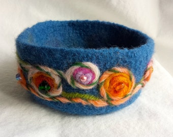 Blue Folk Art Felted Beaded Bowl