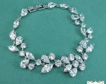 Bridal bracelet, wedding bracelet, cz bracelet, cubic zirconia bracelet, bridal jewelry, wedding accessories, pear cz bracelet 204860081