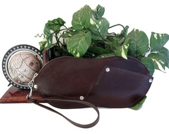 CORVUS clutch from Horween leather