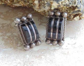 Diaz Santoyo ~ Sterling Silver Screw Back Onyx Earrings from Mexico ~ Pre Eagle