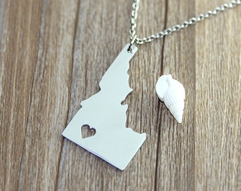 I heart Idaho Necklace - Idaho Map Pendant - State Necklace - State Charm - Map necklace - Map Jewelry