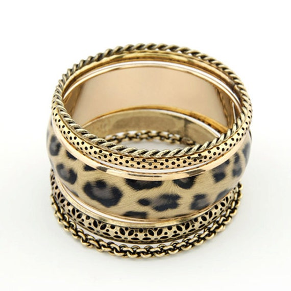 Vintage style Leopard print multi-layer bangle bracelet set