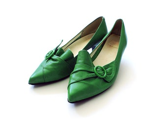 Green Vintage Leather Shoes with Bow  / Size 38 Shoes