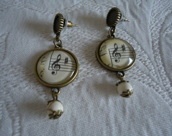 Music earrings 18 mm