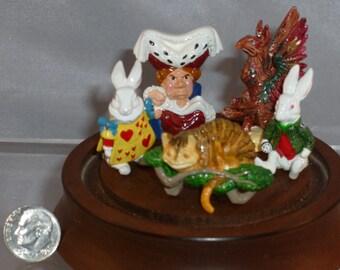 Hantel, Alice in Wonderland, Duchess, Gryphon, etc.