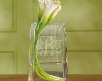Monogrammed Vase (e165-1105) - Free Personalization