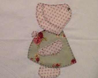 Hand appliquéd Sun Bonnet Sue block set