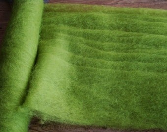 Felting Wool Carded . Total weight 500 g GREEN