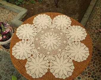 60CM Round crochet table cloth, wedding centerpieces, handmade crochet table cover, crochet pattern table topper for home decor