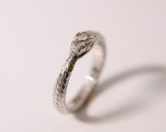 Ouroboros ring sterling silver unisex 4 gm