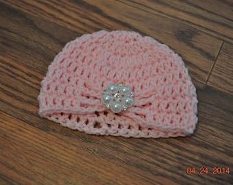 Newborn Infant Baby Crochet Cloche Pink Turban Hat.  Photographer Prop