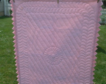 Beautiful hand quilted girls's baby quilt