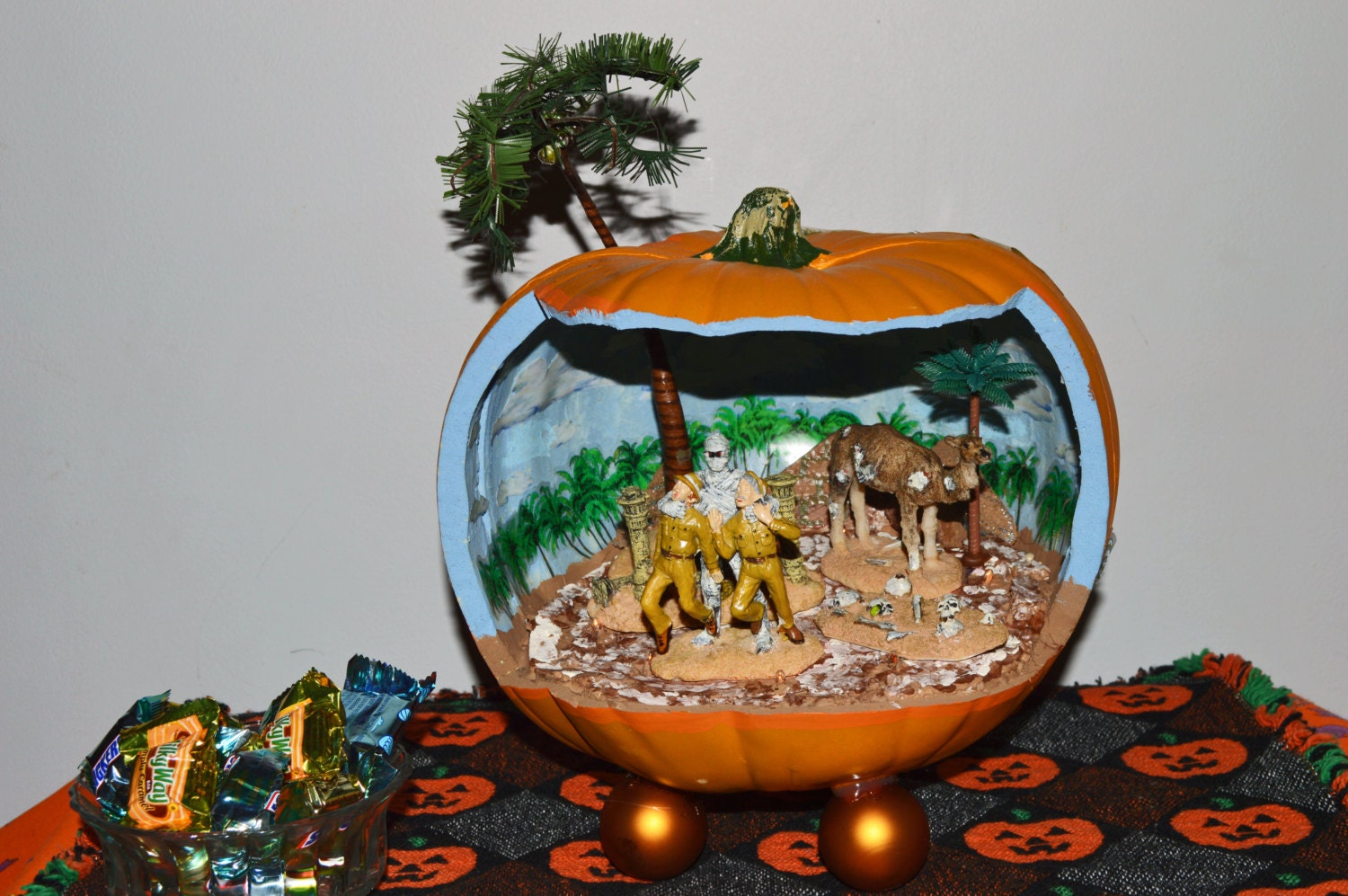 zoom - Halloween Diorama Ideas