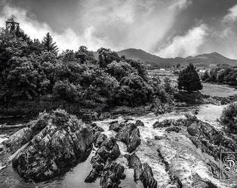 Sneem, Co. Kerry, Ireland - Unframed Photo Print - 3 Sizes Available