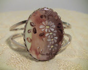 Darling Hand Painted Floral Cabochon Bracelet - Beautiful