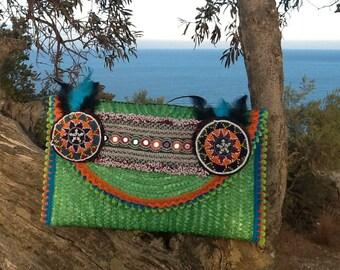 Hippie Chic style raffia clutch