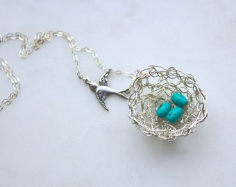 Robyn crocheted nest necklace